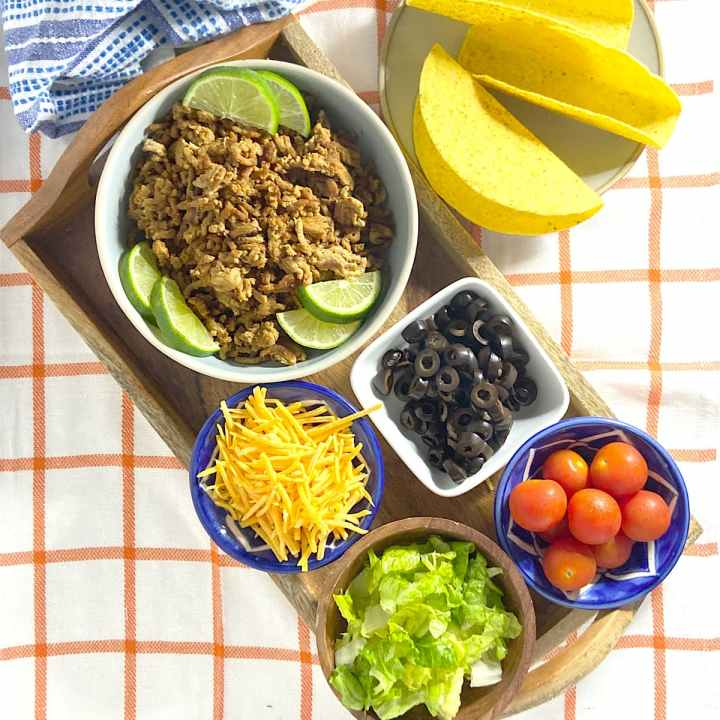 Ground turkey taco meat and toppings