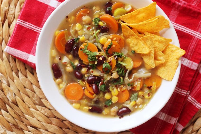 stevige-mexicaanse-soep-vegetarisch-17