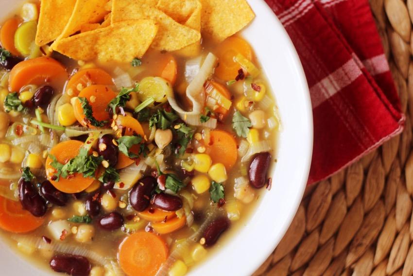 stevige-mexicaanse-soep-vegetarisch-19