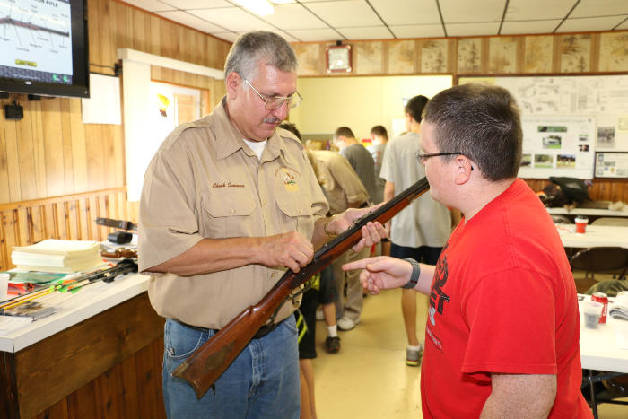 Chuck Summers expains how a muzzle loader works.