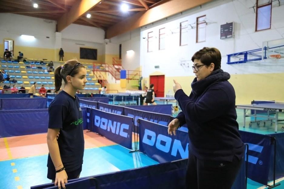 Sara Congiu del Muravera TT assieme all'allenatrice Francesca Saiu (Foto Tomaso Fenu)