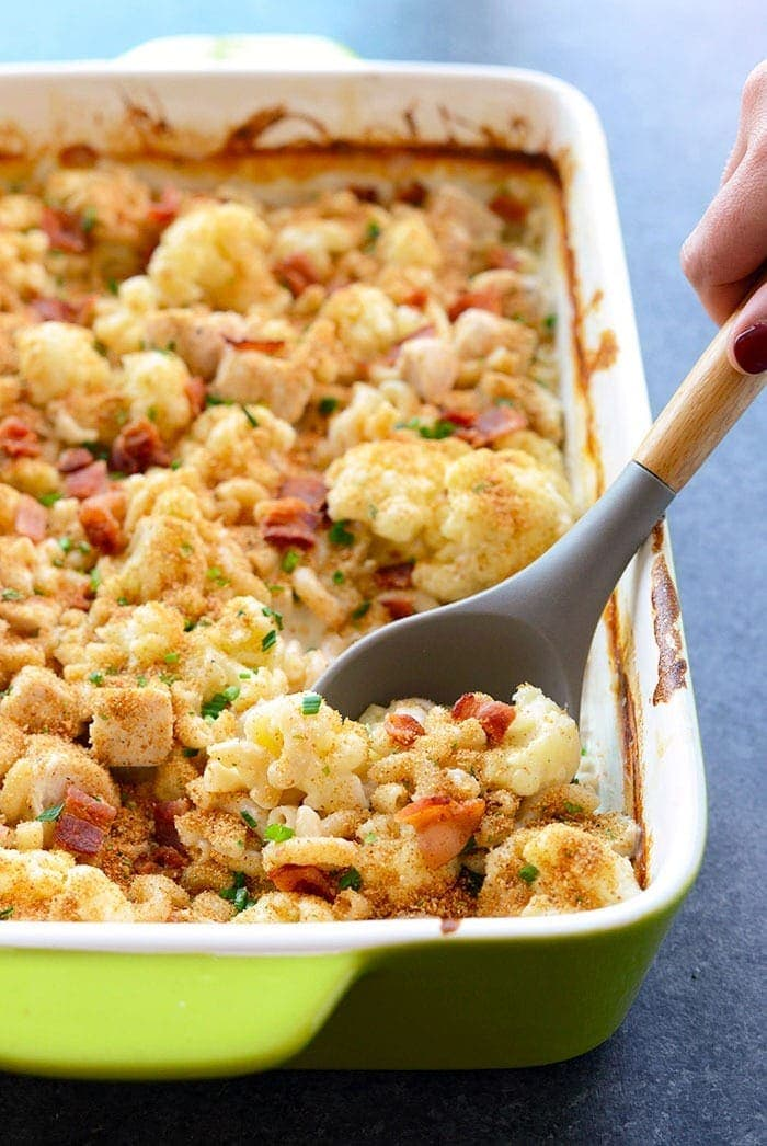 Spoons of cauliflower chicken mac and cheese