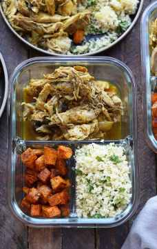 Moroccan chicken in meal prep containers