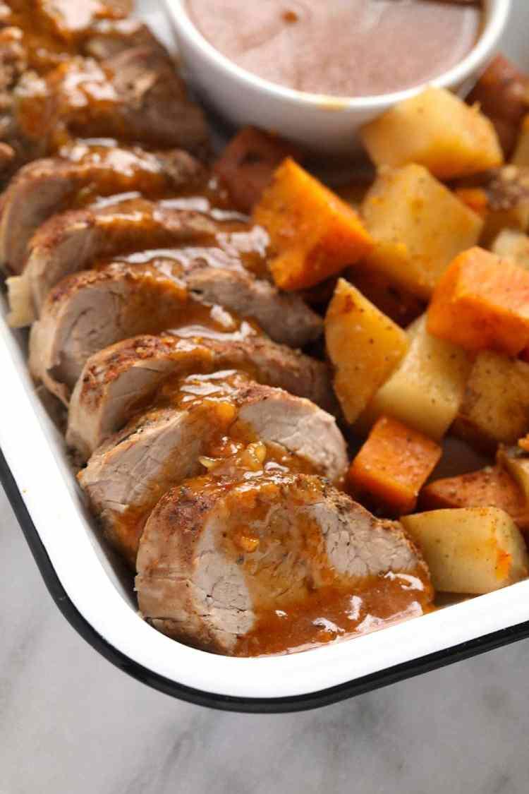 Tenderloin with gravy and potatoes