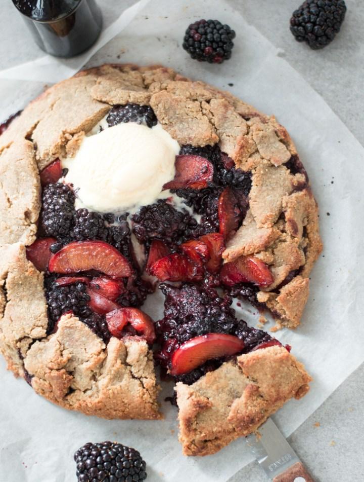 Plum & blackberry galette via Fit Foodie Nutter #vegan #sugarfree #glutenfree #galette