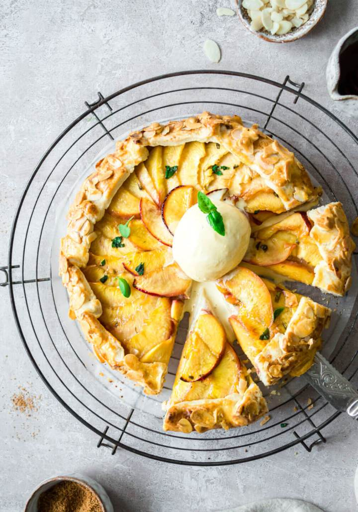 QUICK & EASY VEGAN SHORTCRUST NECTARINE TART – FIT FOODIE NUTTER