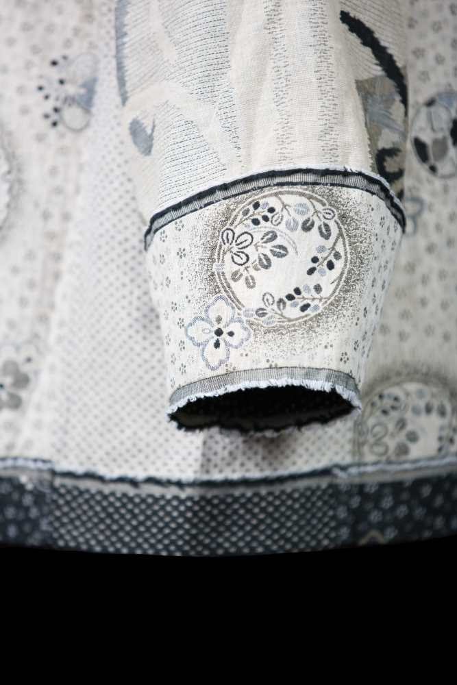 Double-faced Cotton Jacquard - cuff detail