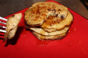 Paleo Fluffy Banana Pancakes - a tasty, fluffy banana-y breakfast