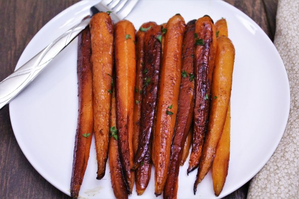 Sweet Balsamic Roasted Carrots - a delicious, sweet and savory paleo side-dish