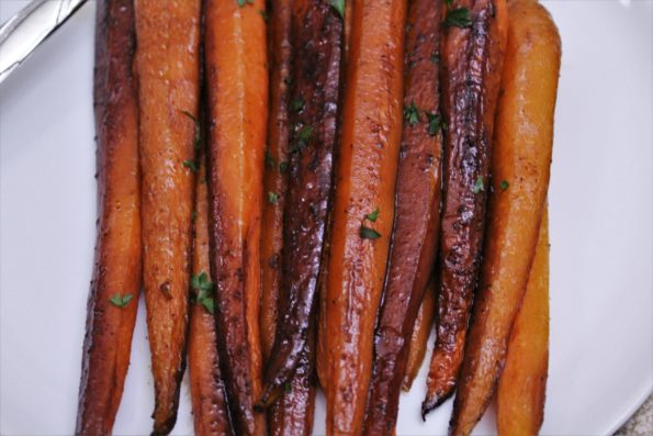 Sweet Balsamic Roasted Carrot - a delicious, sweet and savory paleo side-dish!