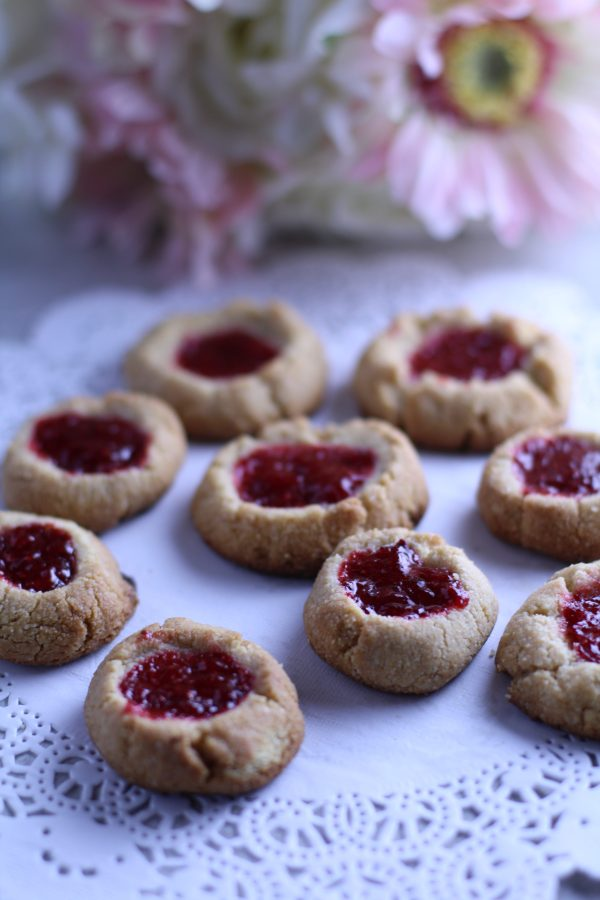 Paleo Strawberry Shortbread Cookies made with naturally-sweetened strawberry jam. A delicious gluten-free, paleo treat!