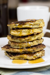 Paleo Banana Pancakes - fluffy, healthy and delicious!