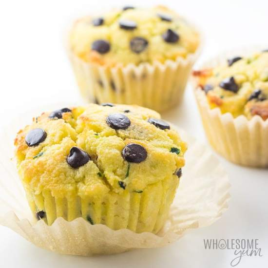 low carb chocolate chip zucchini muffins