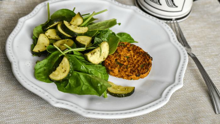 Salmon cakes: easy weeknight dinner (paleo + gluten free + Whole30)