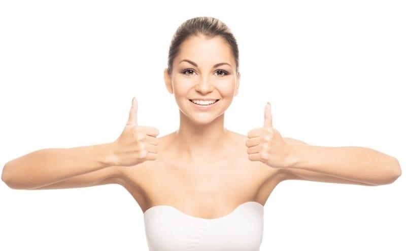 esercizi brucia grassi braccia