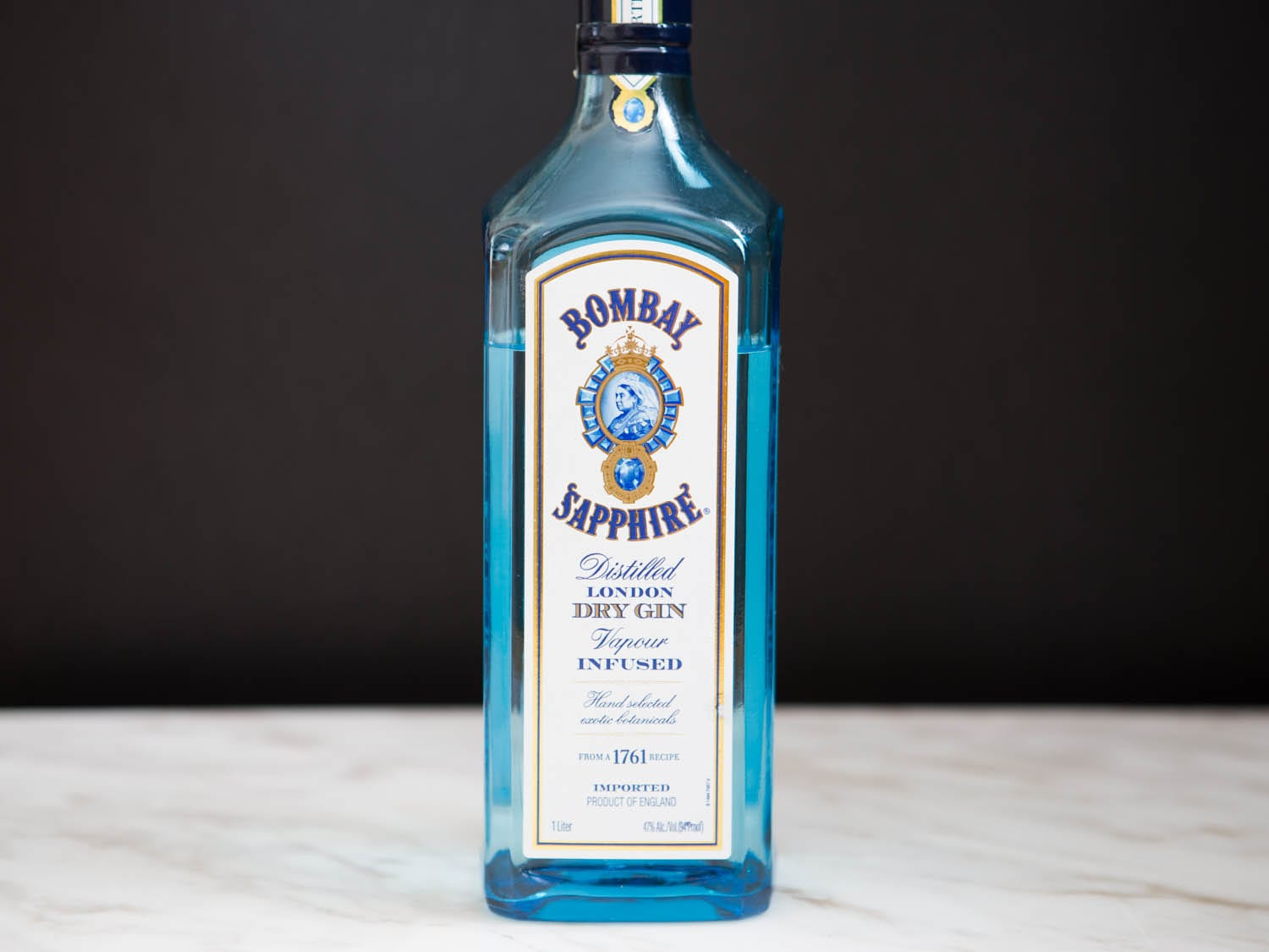 20150324-martini-gin-test-bombay-sapphire-dry-gin-vicky-wasik–11