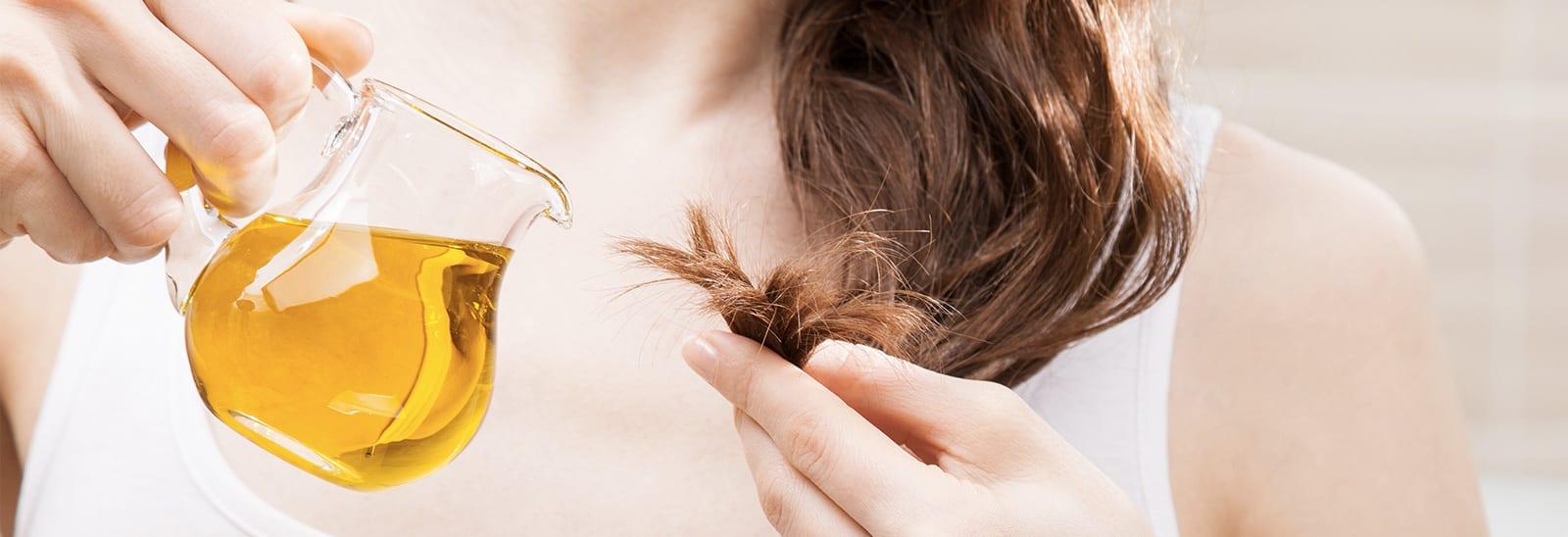 Capelli secchi e sfibrati: cause e 6 rimedi naturali efficaci
