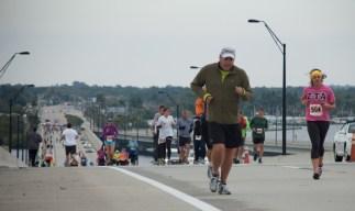 runners on bridge