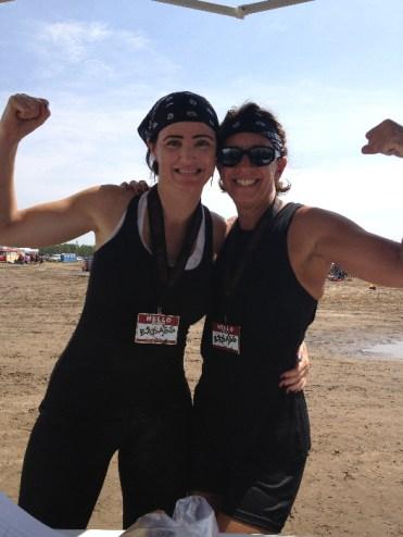 females-flexing-during-badass-bash-mud-run-race