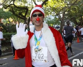 santa-clause-racer-turkey-trot-race