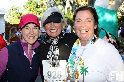 female-race-fans-5k-trot