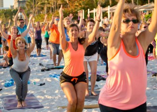 BV_sunset_yoga