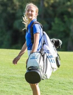 Female-Golfer-2
