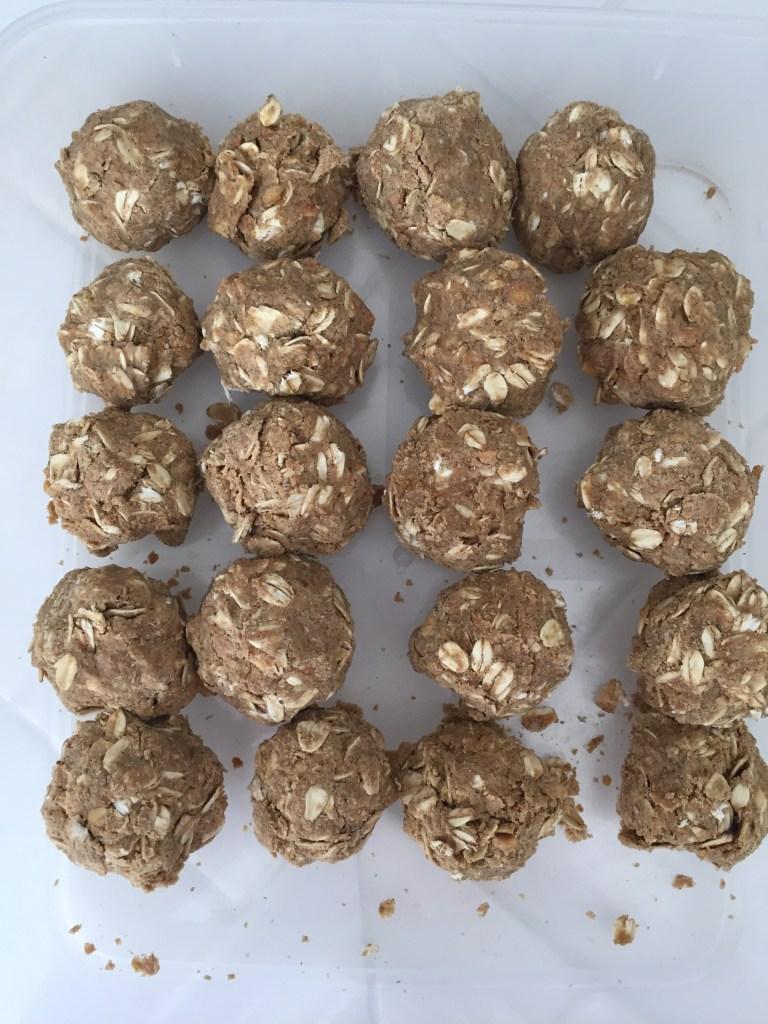 peanut butter oatmeal protein balls homemade recipe
