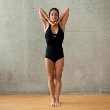 瑜伽站立呼吸