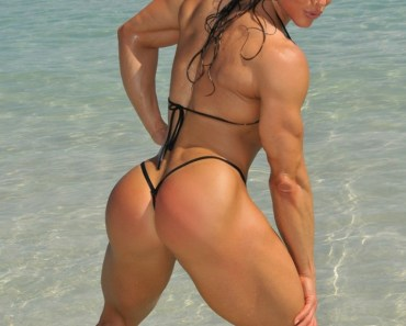girls with muscle-Monica-Mollica
