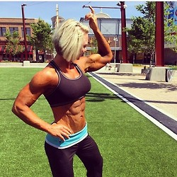 girls with muscle (9)