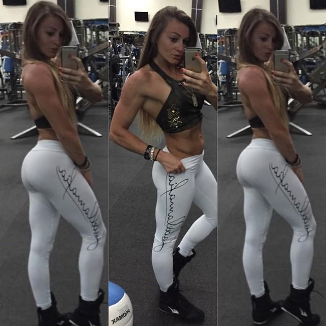 Caroline Priscila (28)