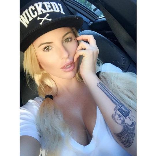 Jessica Weaver (39)