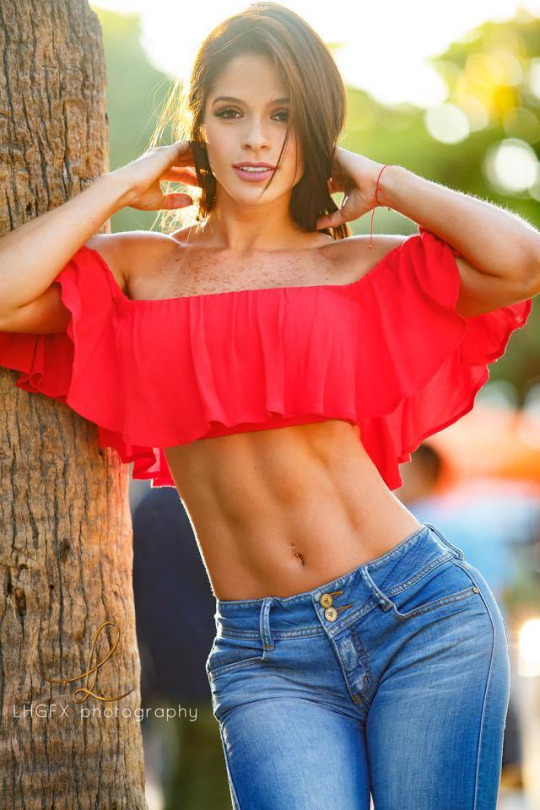 Michelle Lewin  Michelle Lewin Close To Nude As She Gets-7060