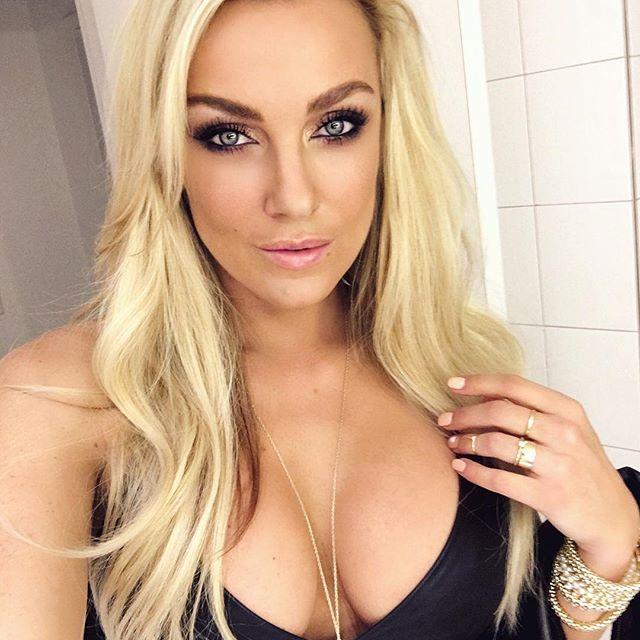 Amber Nichole Miller (28)