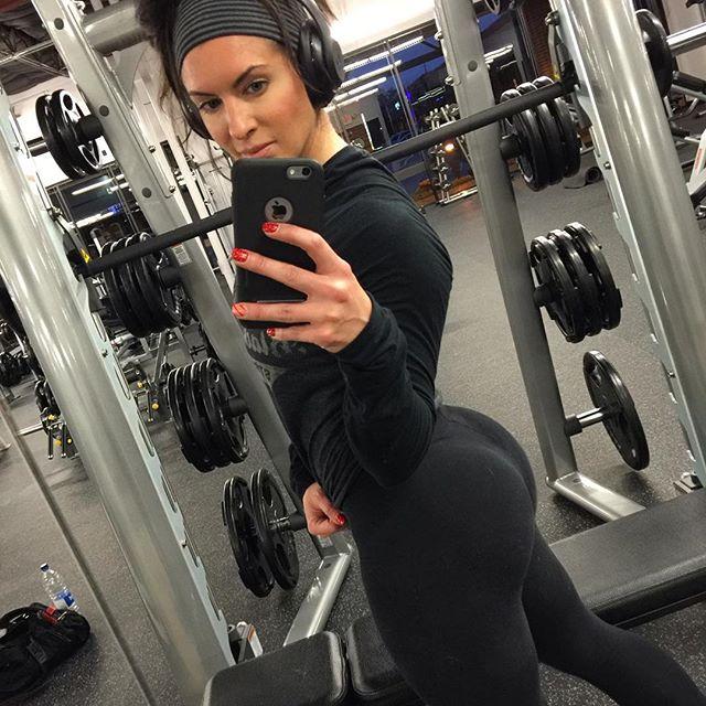 Amanda Latona (1)