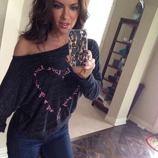 Amanda Latona (45)
