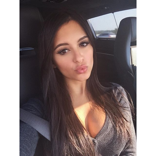 Daniella Lanio (29)