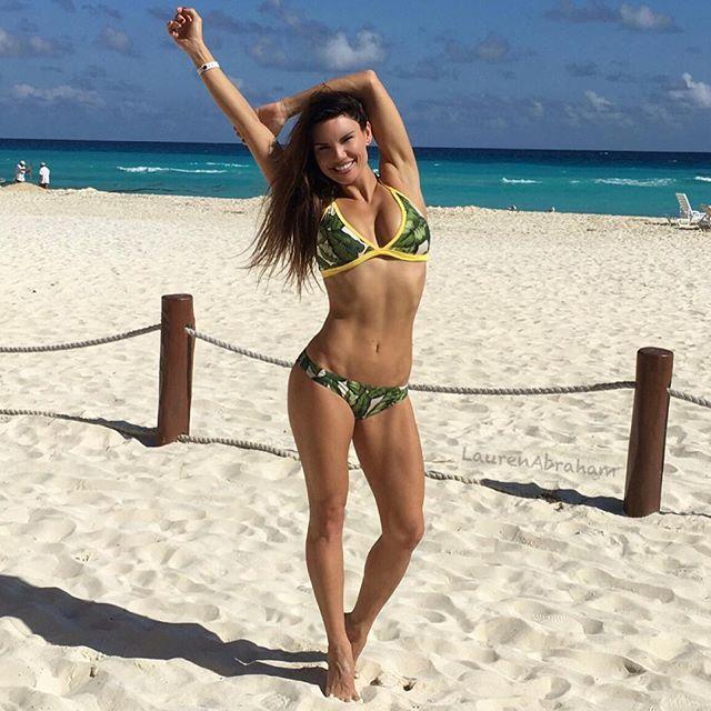 Lauren Abraham (24)