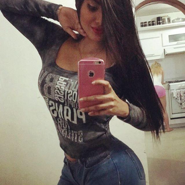 Maria Gabriela Lobaton (7)