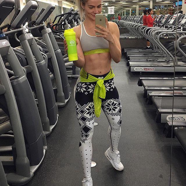 Yanyah Milutinović (24)