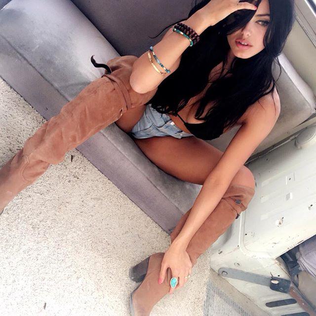 amanda rodriguez (44)