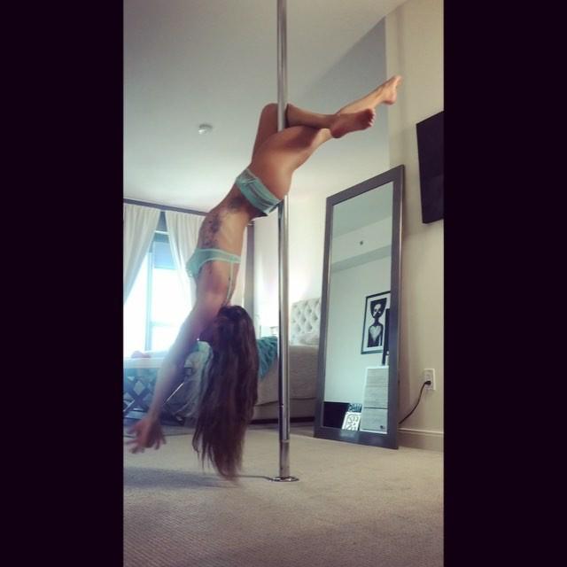 Bikini Samantha Skolkin  nude (83 photo), YouTube, in bikini