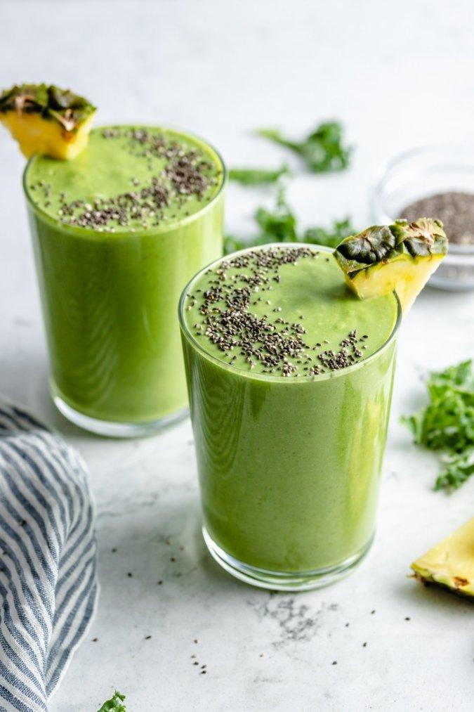 Refreshing Pineapple Kale Smoothie