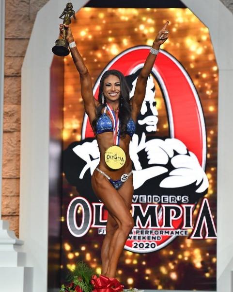 Janet Layug remporte la catégorie bikini à Mr Olympia 2020 !