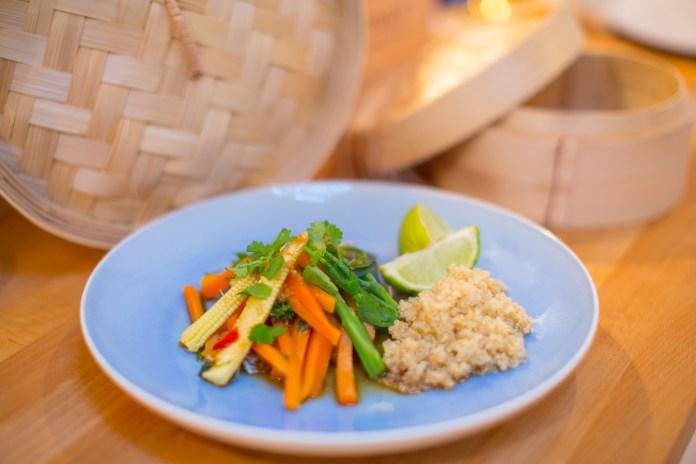 Fitness On Toast Faya Blog Girl Healthy Recipe Inspiratino Fish Steamed Seabass Ginger Carrot Wok Basket Bamboo Steam Diet Light-1