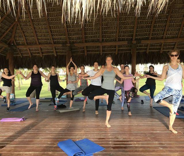 Gorgeous Beach  C2 B7 Yoga Pilapa Club Med