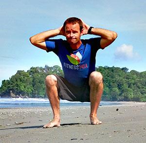 Eric Manthey personal trainer Uvita, Costa Rica. group fitness class in Dominical Uvita OjochalCosta Rica.