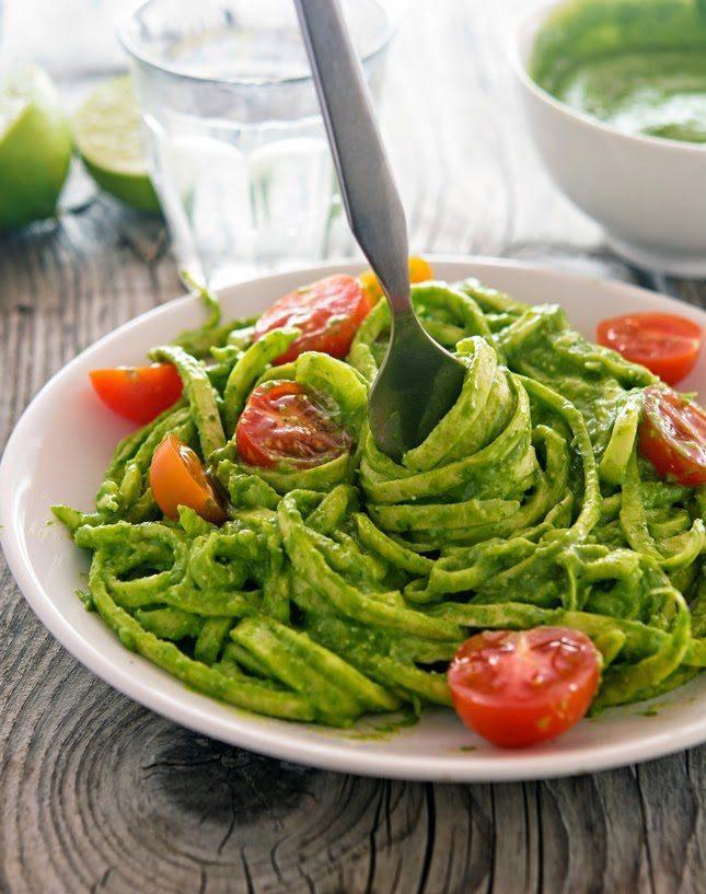 Creamy-Avocado-Spinach-Pesto-(4)