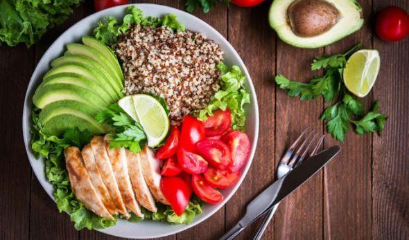 alimentación para el mantenimiento muscular